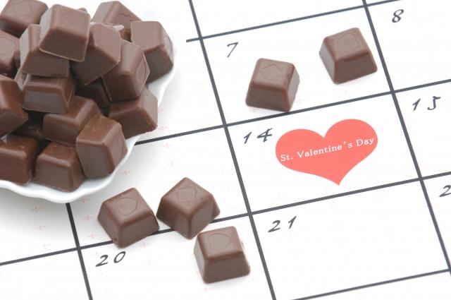 バレンタインに向けて、アンシェントメモリーオイルで恋愛運をアップ!